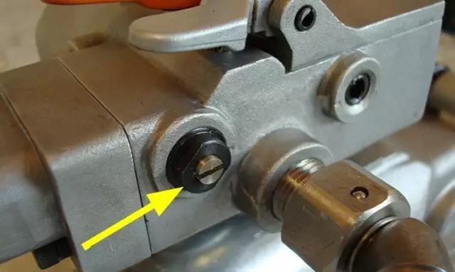气动塑钢打包机日常保养维护简单6步轻松阔别故障